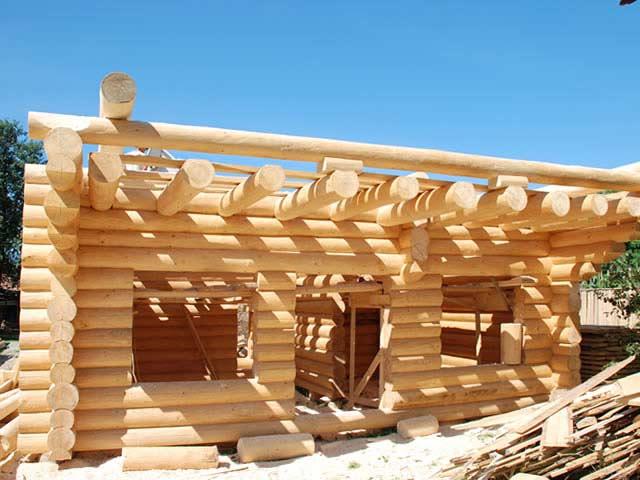 Case construite din lemn