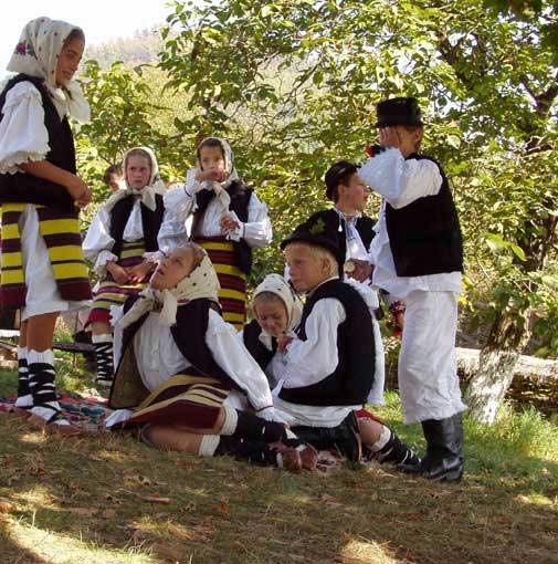 Apa de leac - compilaţie. Apa în tradiţiile românilor (3)